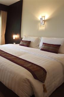 Comment réserver une chambre d\'hôtel ou un chalet rapidement dans la province de Québec ?